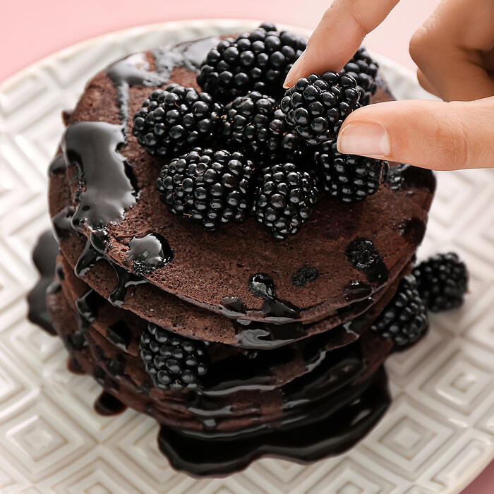 blackberry double chocolate chip pancakes