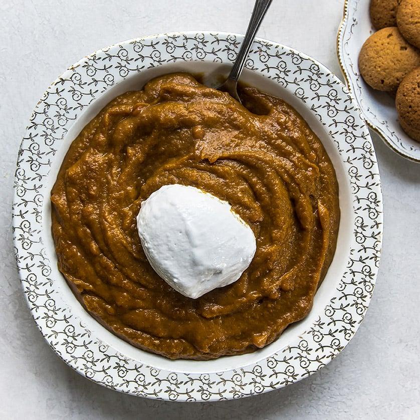 Marshmallow Caramel Pumpkin Dip 2 (1 of 1)