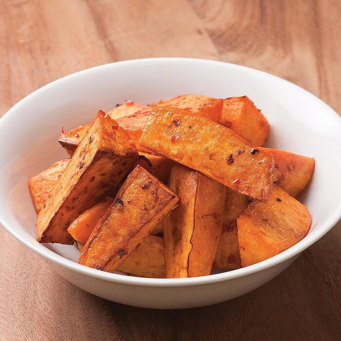 chile-garlic roasted sweet potatoes
