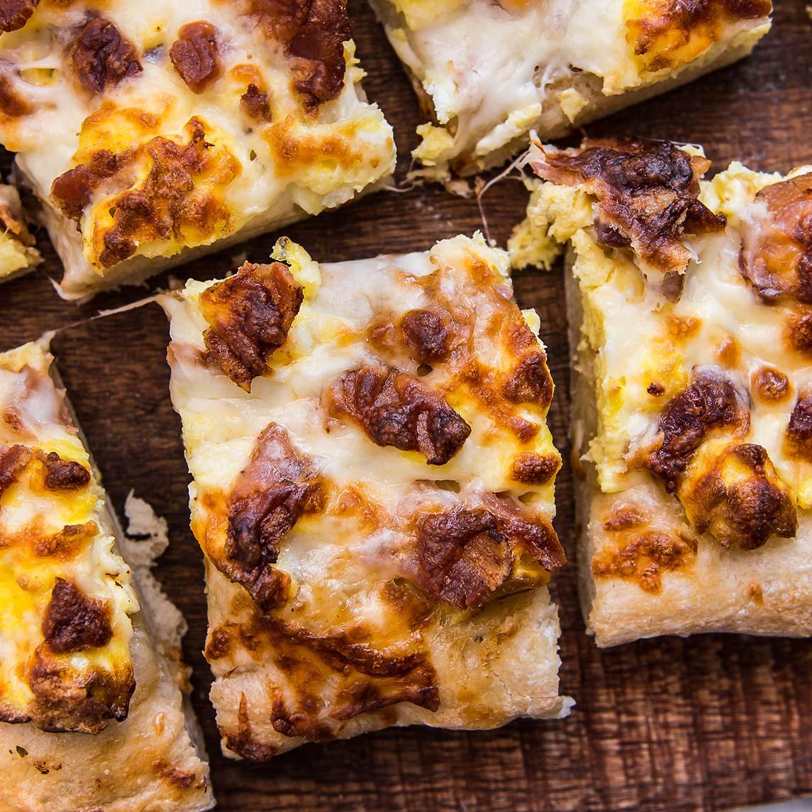Sheet Pan Breakfast Pizza 5 (1 of 1)